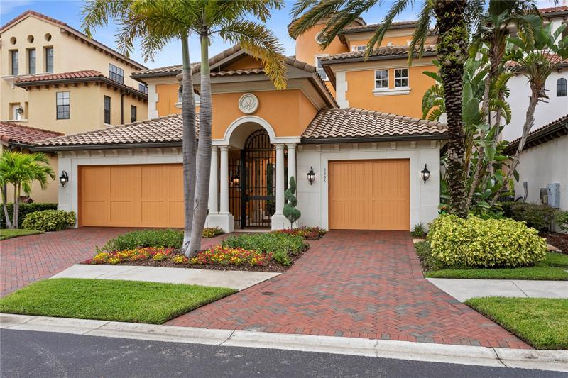 Image for property 5905 BEACON SHORES STREET, TAMPA, FL 33616