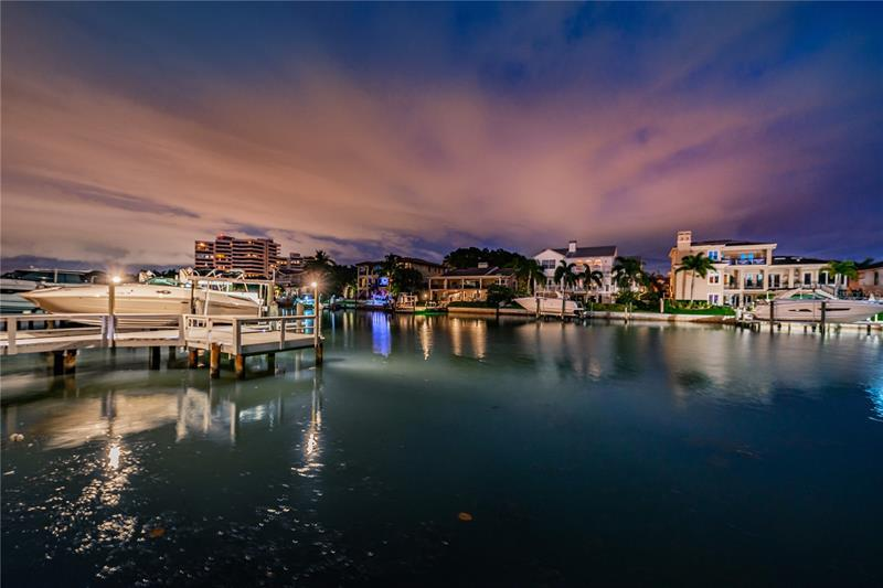 Image for property 2804 KIPPS COLONY DRIVE, GULFPORT, FL 33707