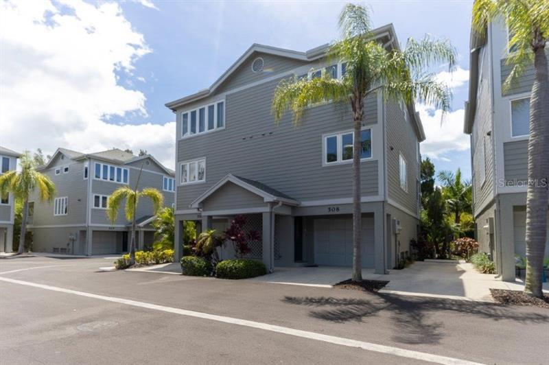 Image for property 508 FOREST WAY, LONGBOAT KEY, FL 34228