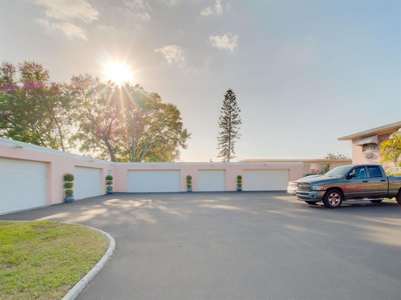 Image for property 1385 DREW STREET 8, CLEARWATER, FL 33755