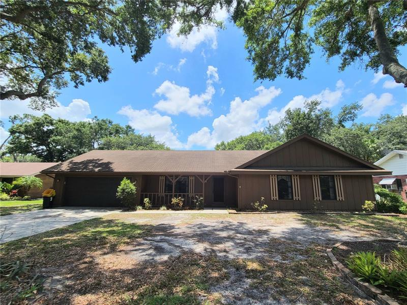 Image for property 4187 STONEHENGE ROAD, MULBERRY, FL 33860