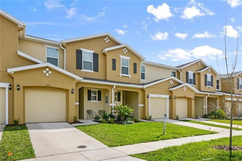Image for property 5162 ADELAIDE DRIVE, KISSIMMEE, FL 34746