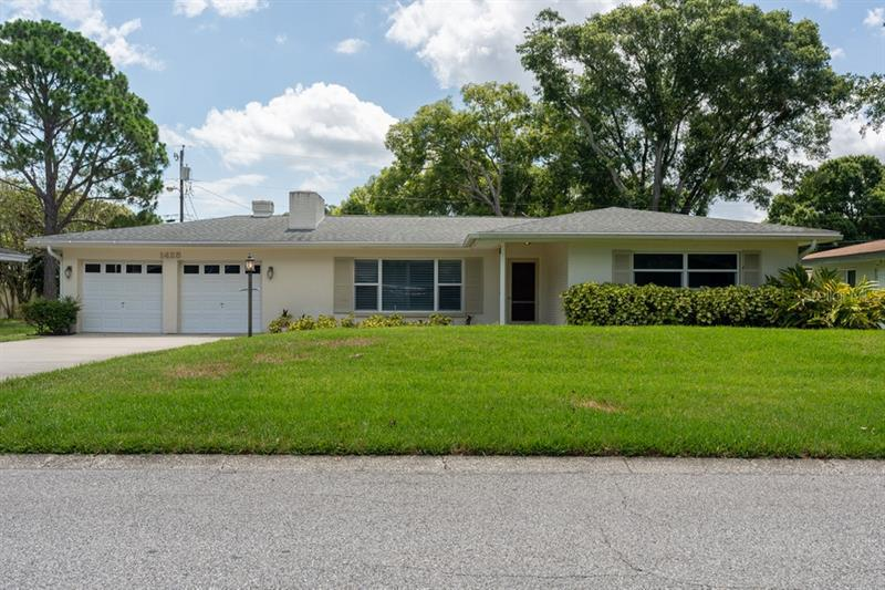 Image for property 1425 VIEWTOP DRIVE, CLEARWATER, FL 33764