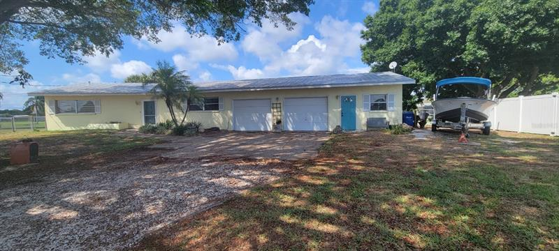 Image for property 1620 BAMBOO DRIVE, VENICE, FL 34293