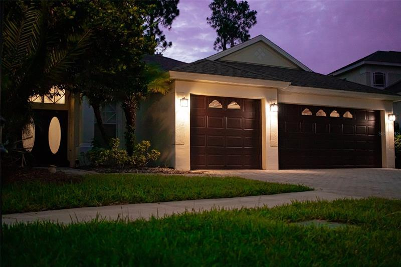 Image for property 10413 CANARY ISLE DRIVE, TAMPA, FL 33647