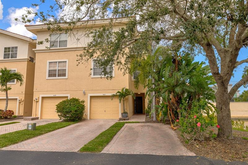 Image for property 5631 RED SNAPPER COURT, NEW PORT RICHEY, FL 34652