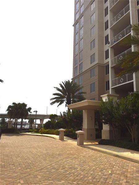 Image for property 331 CLEVELAND STREET 317, CLEARWATER, FL 33755