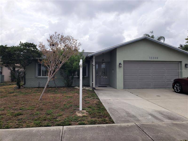 Image for property 12285 83RD WAY, LARGO, FL 33773