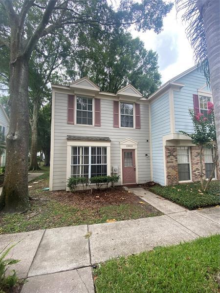 Image for property 13913 FLETCHERS MILL DRIVE, TAMPA, FL 33613