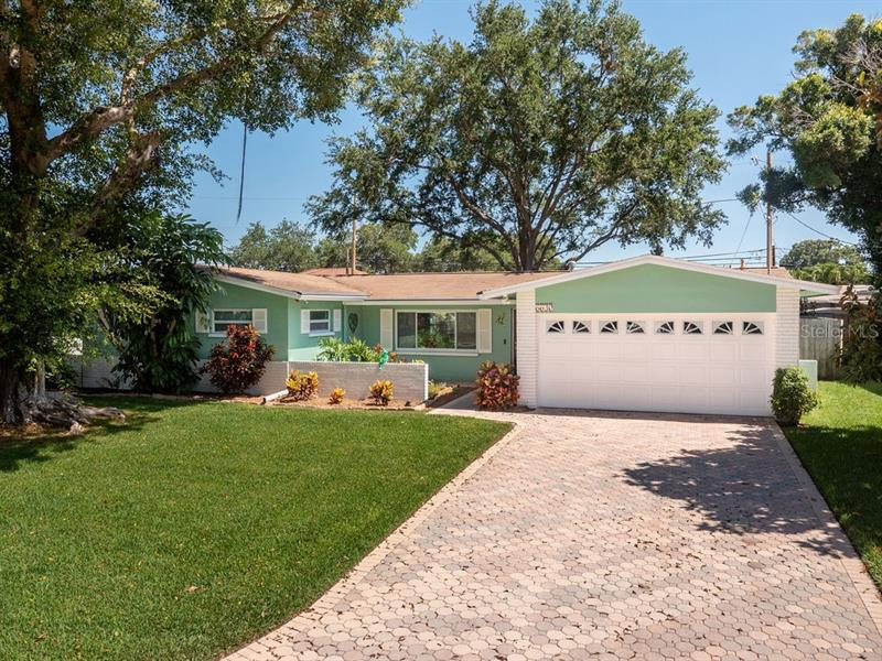 Image for property 6630 12TH TERRACE, ST PETERSBURG, FL 33710