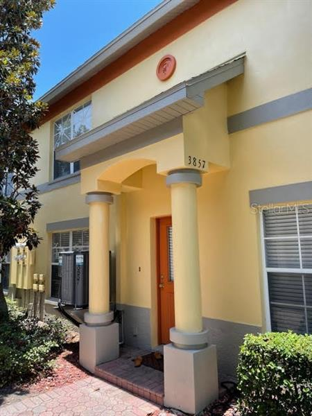 Image for property 3857 ISLAND WAY, ST PETERSBURG, FL 33705