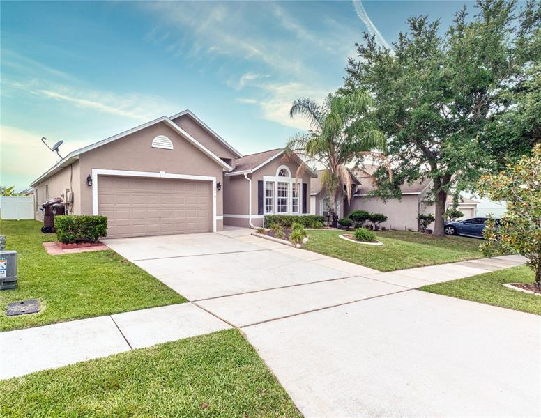 Image for property 519 STONEWALL AVENUE, HAINES CITY, FL 33844