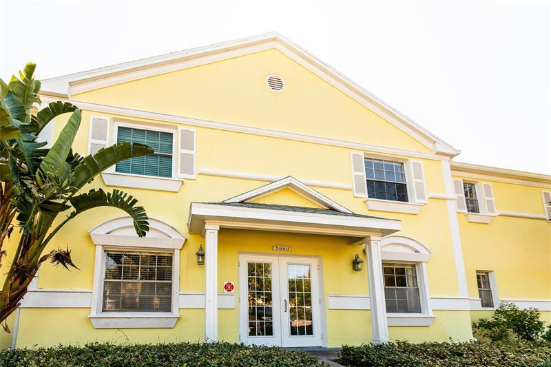 Image for property 3889 POMPANO DRIVE B, ST PETERSBURG, FL 33705