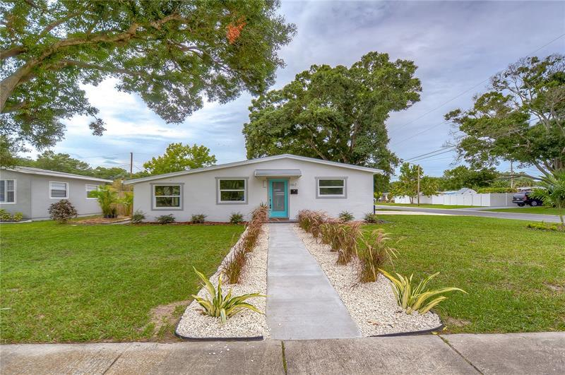 Image for property 1162 58TH AVENUE, ST PETERSBURG, FL 33703