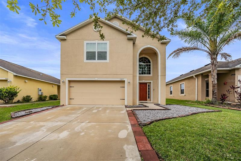 Image for property 13237 WATERFORD CASTLE DRIVE, DADE CITY, FL 33525