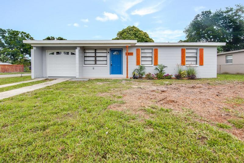 Image for property 5002 86TH STREET, TAMPA, FL 33619