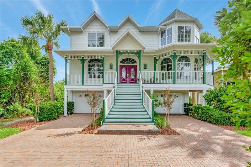 Image for property 2029 POINTE ALEXIS DRIVE, TARPON SPRINGS, FL 34689