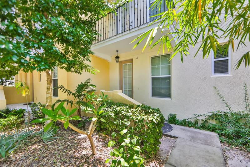 Image for property 962 SOMBRA STREET, TAMPA, FL 33619
