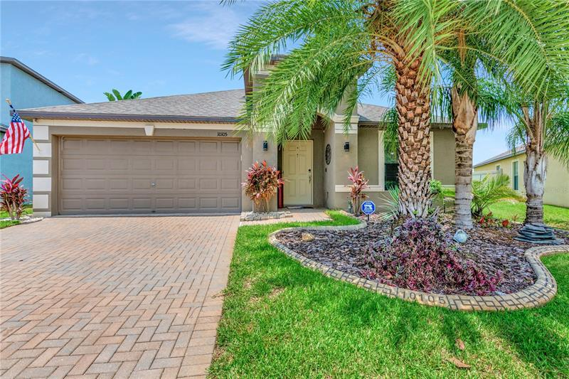 Image for property 10105 COUNT FLEET DRIVE, RUSKIN, FL 33573