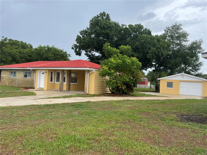 Image for property 925 DUNKIRK PLACE, LAKE WALES, FL 33853