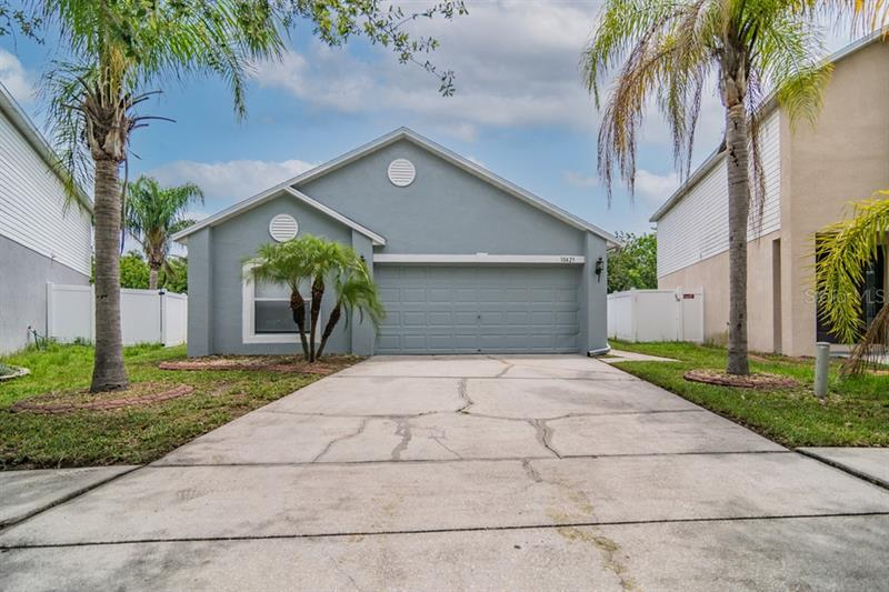 Image for property 10423 OPUS DRIVE, RIVERVIEW, FL 33579
