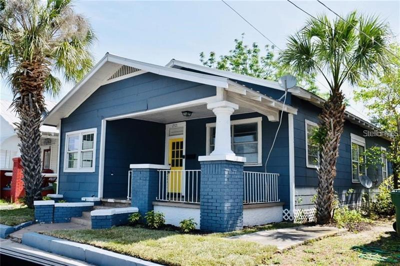 Image for property 2921 15TH STREET, TAMPA, FL 33605