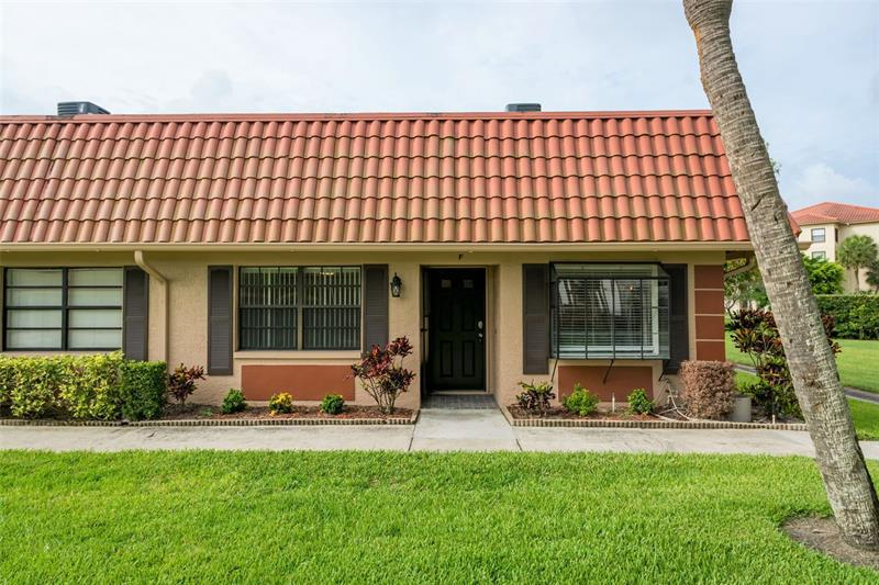 Image for property 19029 US HIGHWAY 19 10F, CLEARWATER, FL 33764
