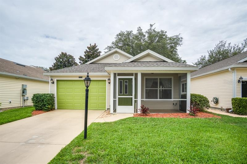 Image for property 25154 CRANES ROOST CIRCLE, LEESBURG, FL 34748