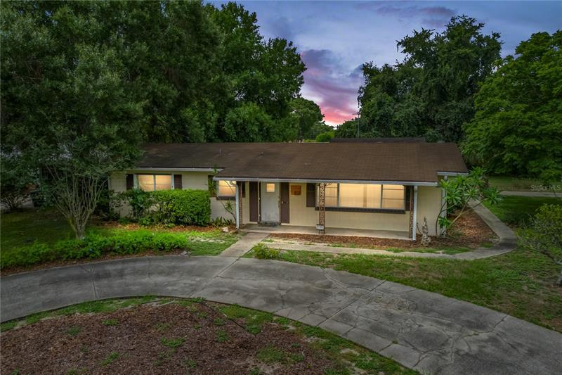 Image for property 29 GOLFVIEW CIRCLE, WINTER HAVEN, FL 33881