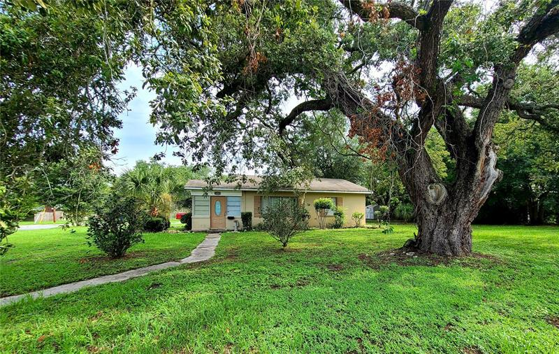 Image for property 307 YOUNG PLACE, LAKELAND, FL 33803