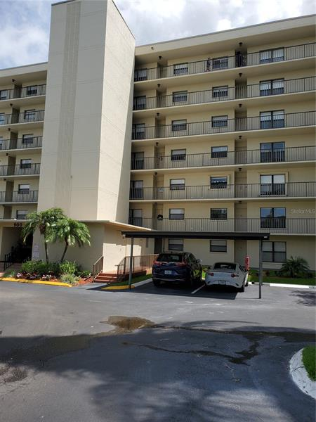 Image for property 900 COVE CAY DRIVE 2F, CLEARWATER, FL 33760