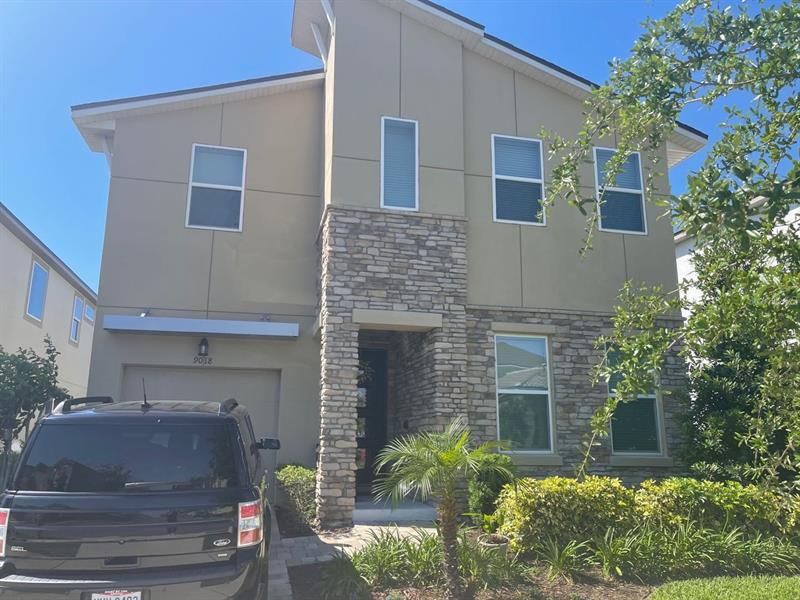 Image for property 9018 PELICAN COVE TRACE, KISSIMMEE, FL 34747