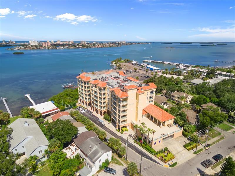 Image for property 700 OSCEOLA AVENUE 301, CLEARWATER, FL 33755