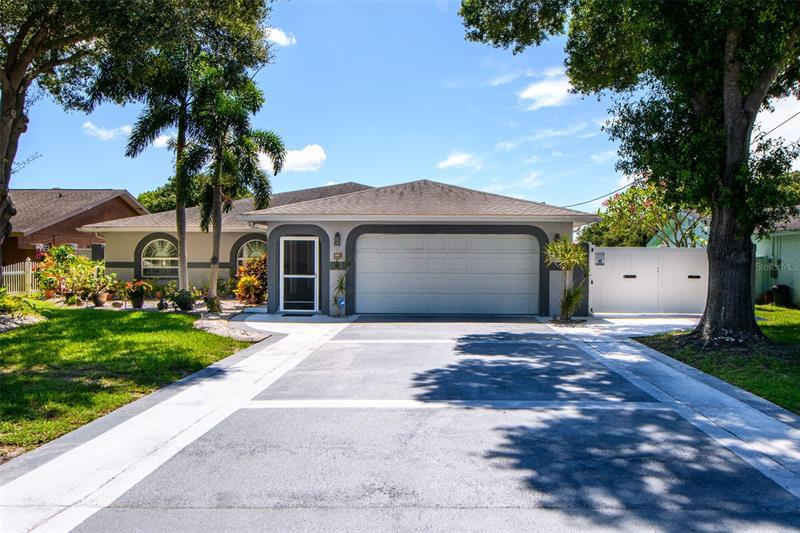 Image for property 9967 60TH STREET, PINELLAS PARK, FL 33782