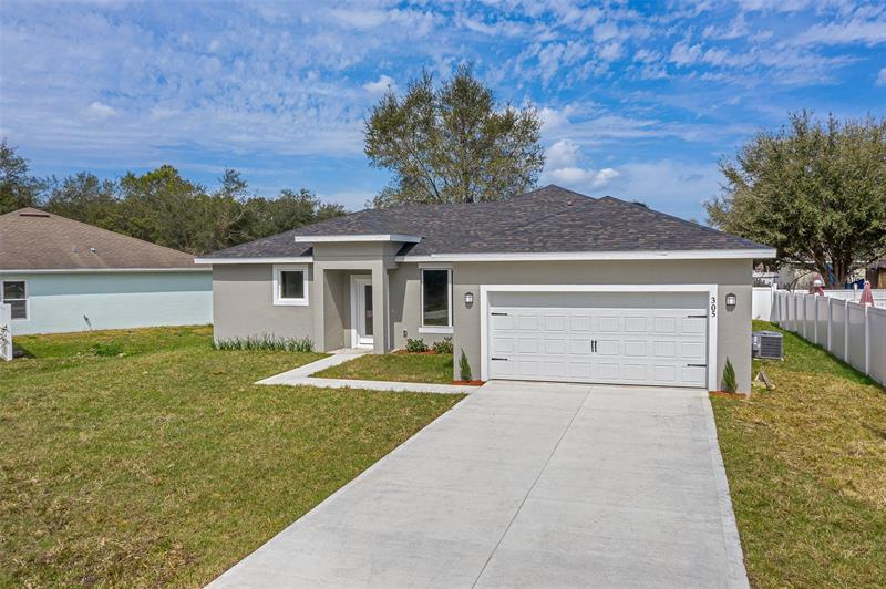 Image for property 32 WILLOW LANE, POINCIANA, FL 34759
