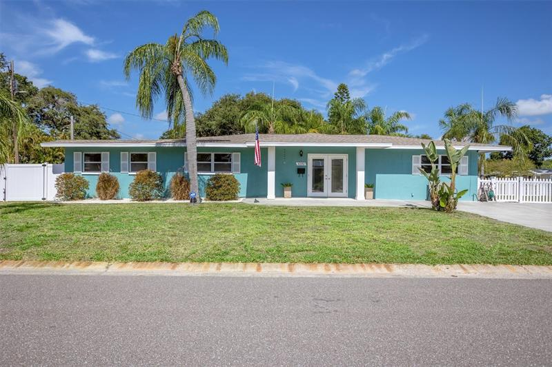 Image for property 4090 CHERRY STREET, ST PETERSBURG, FL 33703