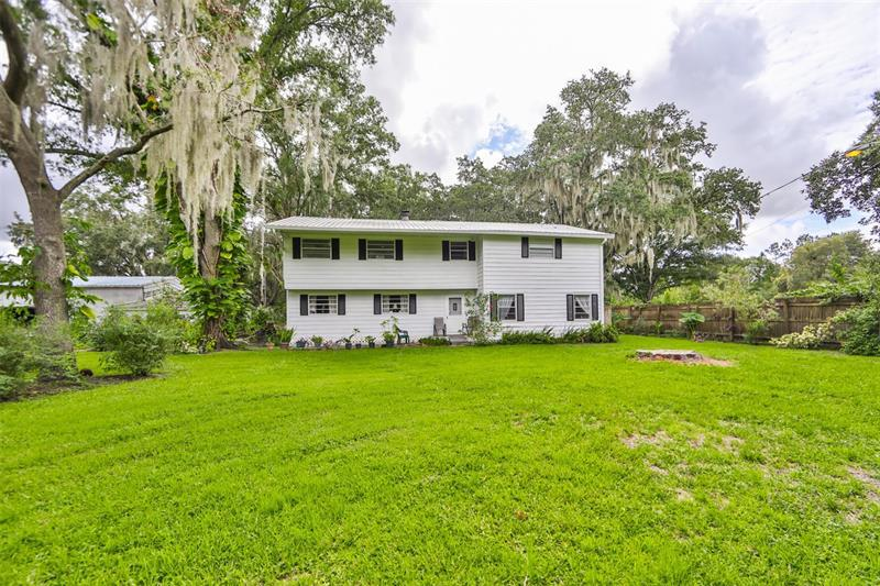 Image for property 11008 BROWNING ROAD, LITHIA, FL 33547