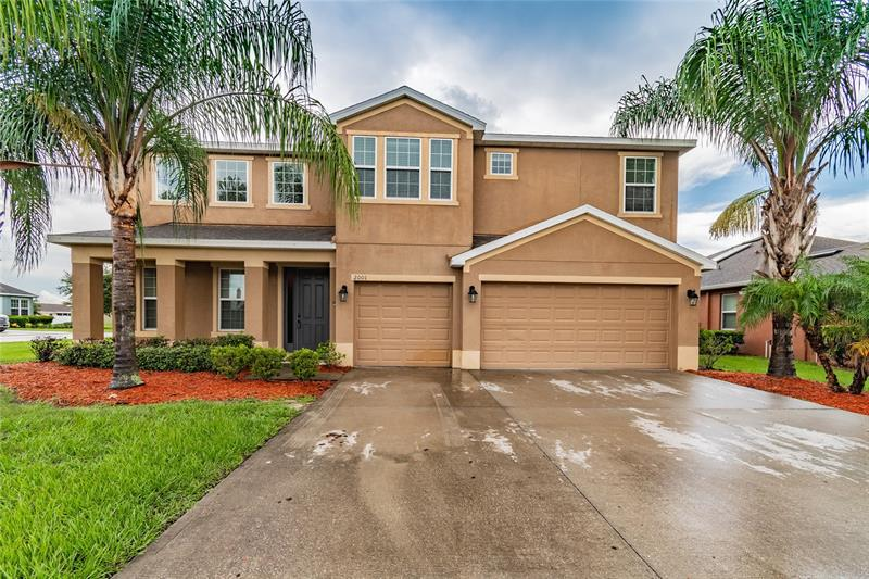 Image for property 2001 COUNTRY AIRE LOOP, BARTOW, FL 33830