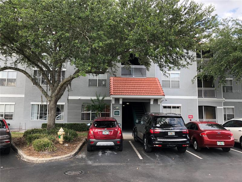 Image for property 18001 RICHMOND PLACE DRIVE 110, TAMPA, FL 33647