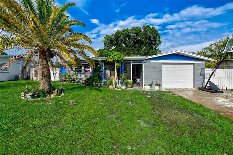 Image for property 2202 MAUREEN DRIVE, HOLIDAY, FL 34690