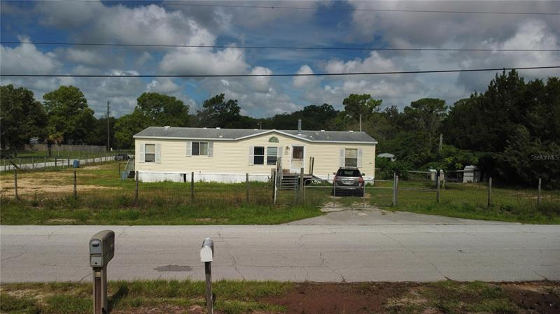 Image for property 17403 OXENHAM AVENUE, SPRING HILL, FL 34610