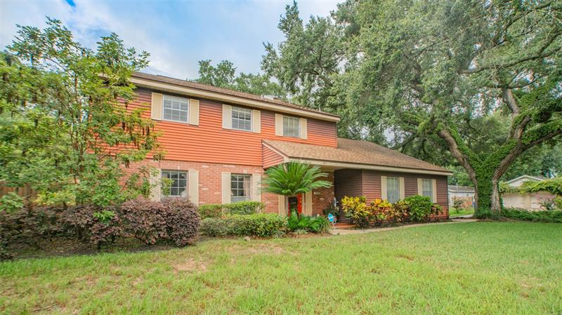 Image for property 408 LAKEWOOD AVENUE, TAMPA, FL 33613