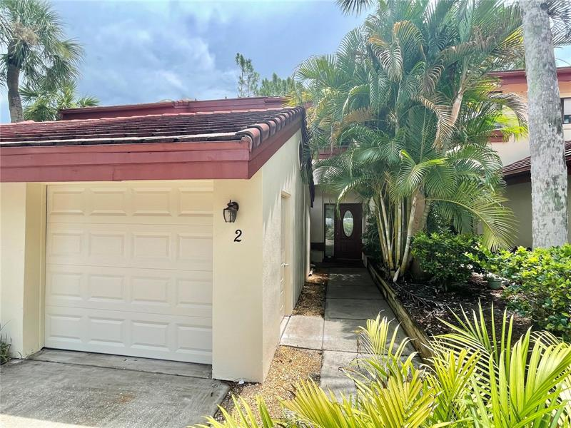 Image for property 3460 COUNTRYSIDE BOULEVARD 2, CLEARWATER, FL 33761