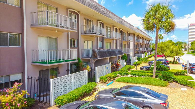 Image for property 4606 GRAY STREET 208, TAMPA, FL 33609