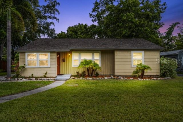 Image for property 761 38TH AVENUE, ST PETERSBURG, FL 33704