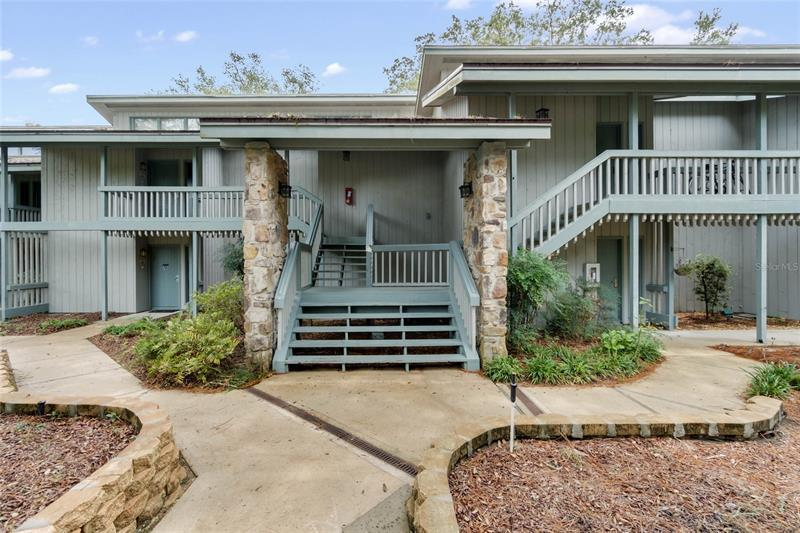 Image for property 198 PALM VIEW COURT 198, HAINES CITY, FL 33844