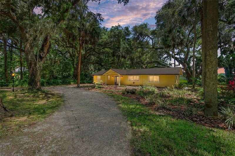Image for property 301 TUSCAWILLA ROAD, MICANOPY, FL 32667