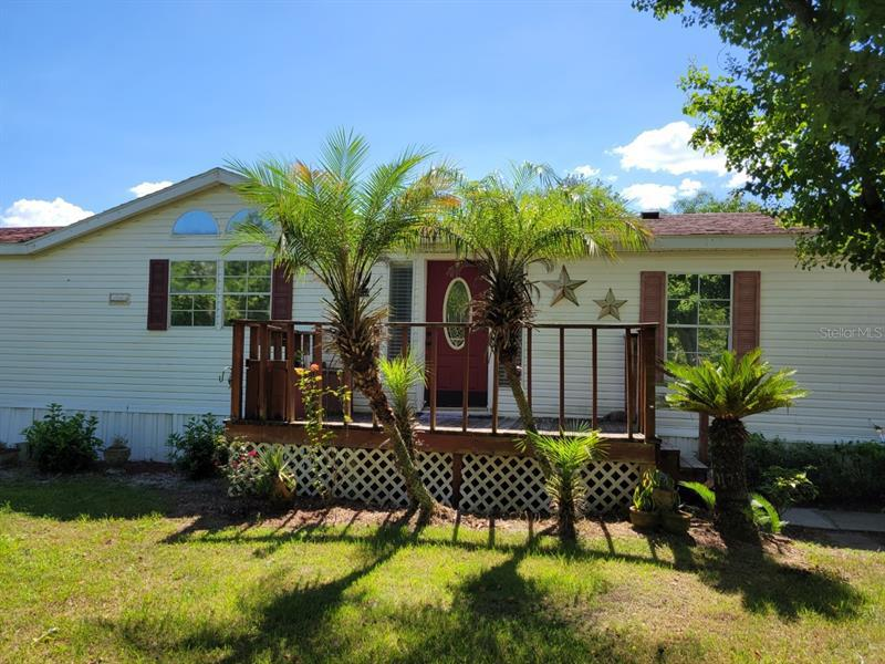 Image for property 17678 132ND COURT, WEIRSDALE, FL 32195