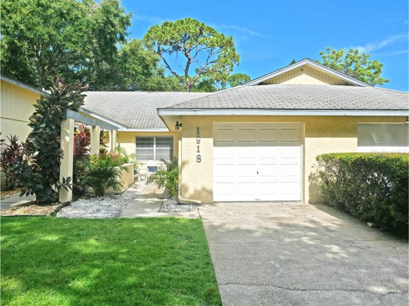 Image for property 1918 ELAINE DRIVE 8, CLEARWATER, FL 33760