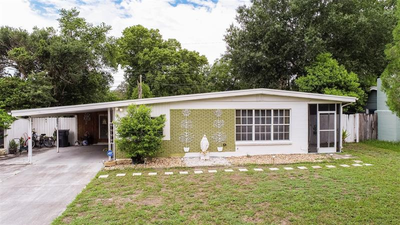 Image for property 14814 DAISY LANE, TAMPA, FL 33613